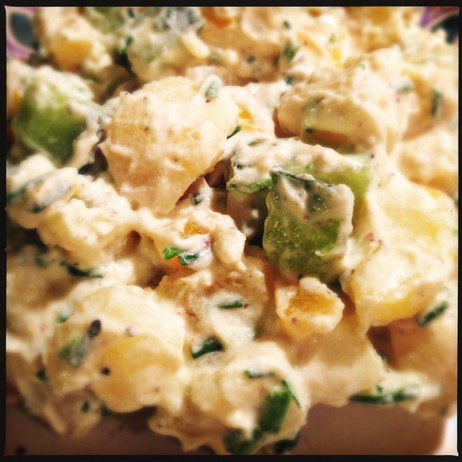 Opskrift på lækker kartoffelsalat, med kun 64 kalorier pr. 100g