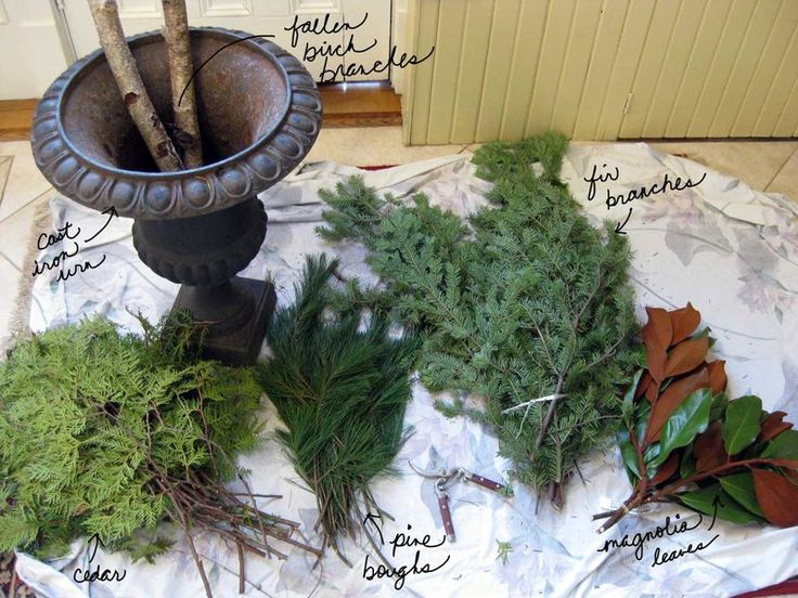 DIY Winter Urn using things from the woods!