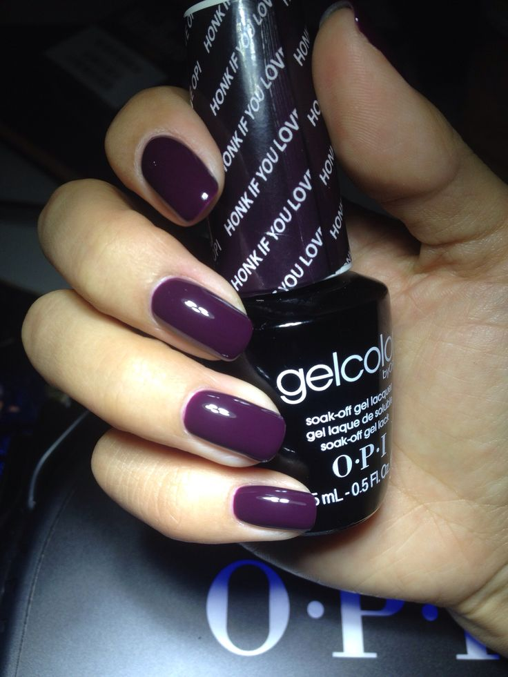 Buy on Amazon // Brand: OPI Gel Color // Color: Honk if you love OPI
