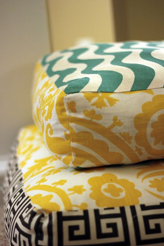 Mand Made: Giant Floor Pillows: use up the fabric odds and ends