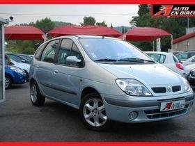 Ce Renault Scenic 1.8 16V FAIRWAY de 2003 doté d'un moteur essence avec 115 900km est en vente à 3000€ à Mougins dans le 06