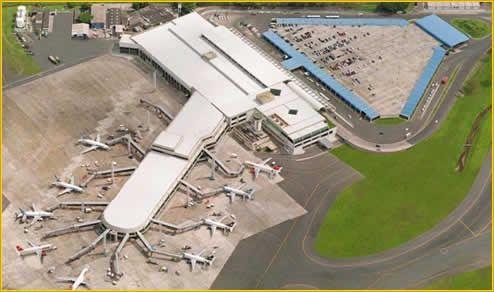 Aeroporto Internacional Dep. Luís Eduardo Magalhães 1 Aeroporto Internacional Dep. Luís Eduardo Magalhães   Endereço Telefone
