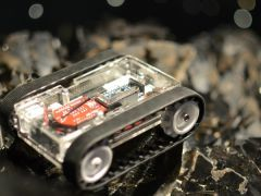 The RK-1 Is An Arduino-Based Mobile Robot You Control With Smartphone Swipes