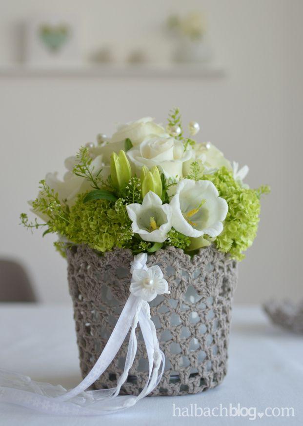 halbachblog I Muttertag I Geschenk I Gefäße aus gehärteter Spitze I Blumen I Bänder I Strass I Perlen