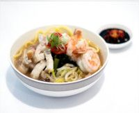 Singapore Airlines Peranakan Hokkien Mee Soup #sq #singaporeairlines #inflightmenu #food #businessclass