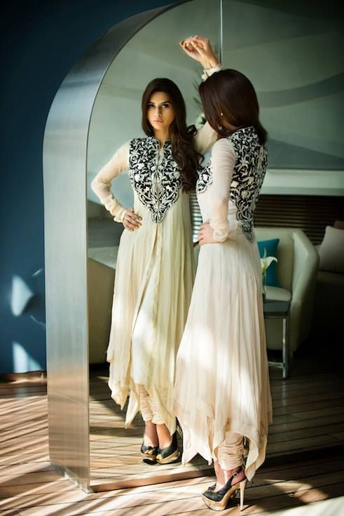 gorgeous white/cream color outfit with black floral designs. Shaadi, Lengha, Shalwar Kameez, Indian Outfit, Pakistani Outfit, Indo-Pak: