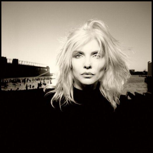 Debbie Harry. Photo : David Michael Kennedy. One of my FAVORITE Debbie shots.