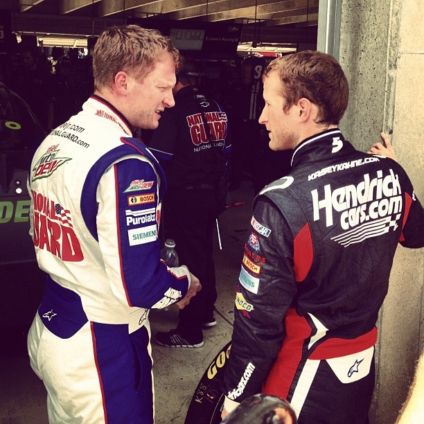 """Photo by @hendrick5team on Instagram: """"A couple of @teamhendrick drivers sharing practice notes @amsupdates."""""""