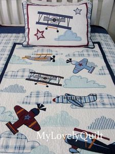 airplane quilt. >>>>Tell your ARIZONA FRIENDS that the LEFT SEAT WEST, an AVITATION THEMED restaurant in Glendale, Arizona is a great place for your next party!  Check out our Facebook page! http://www.facebook.com/pages/Left-Seat-West-Restaurant/192309664138462