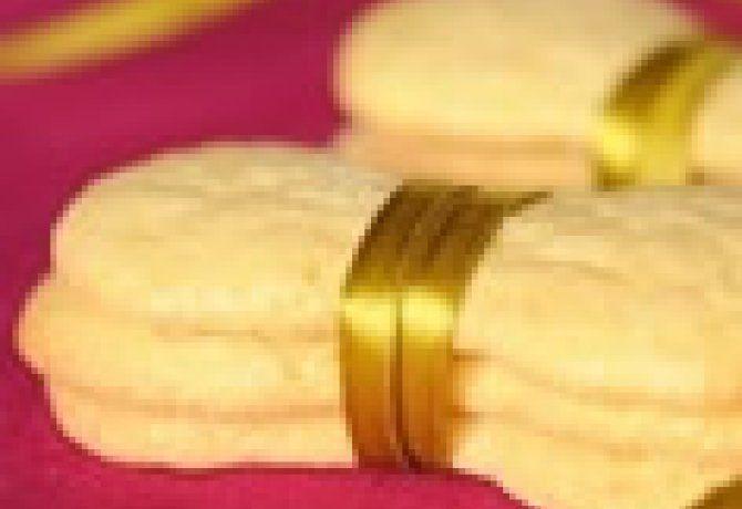 Kategória: cukros keksz. 41 recept. Legnépszerűbb receptek: Házi babapiskóta, Babapiskóta házilag, A legegyszerűbb lekváros keksz, Babapiskóta, Dexterke kalandja Flóra étcsokis-zabpelyhes kekszével
