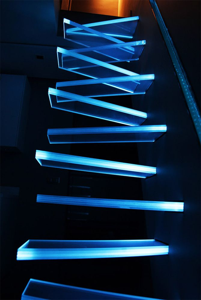 Superb Illuminated Glass Staircase By Frédéric Hamerlak