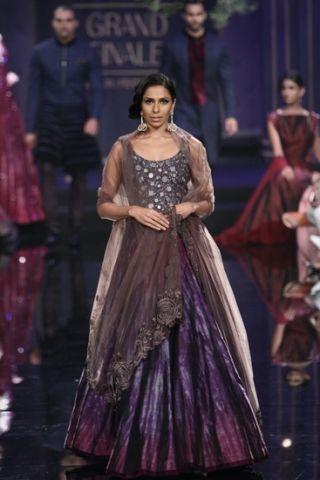 43 besten Indian Fashion Designs and Designers Bilder auf Pinterest ...