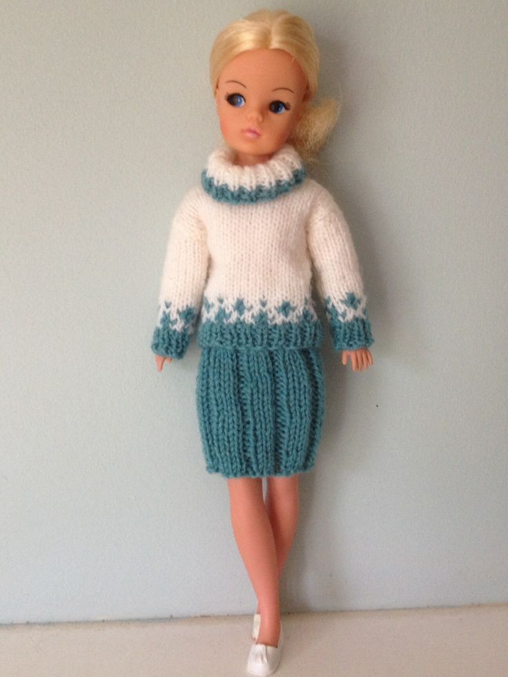 Sindy jumper and skirt