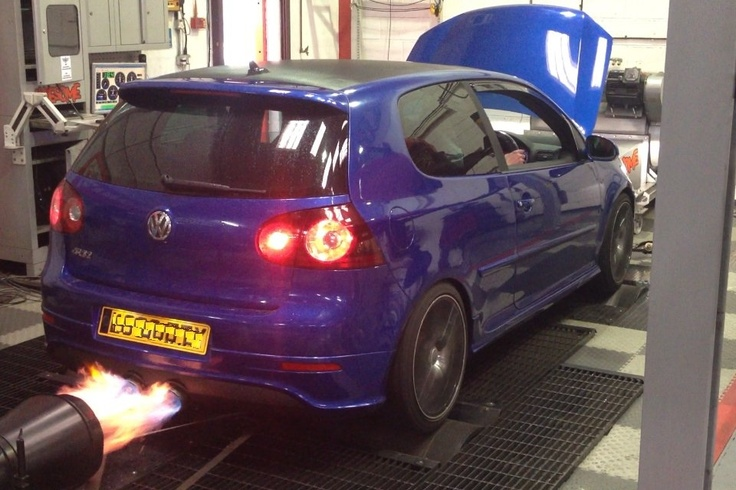 golf  popping flames  awesome gti manchester litre  machine vw pinterest