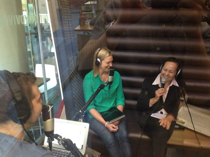 What a great candid of Shire Legal's Melissa Lammers on the Start-ups show.  http://eaglewavesradio.com.au/2013/10/eagle-startups-24-october-2013/