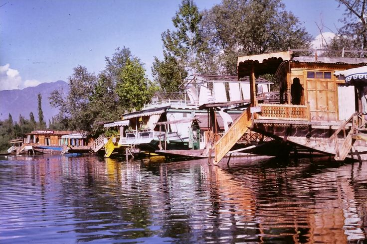 Srinagar - The Heaven on Earth in Kashmir