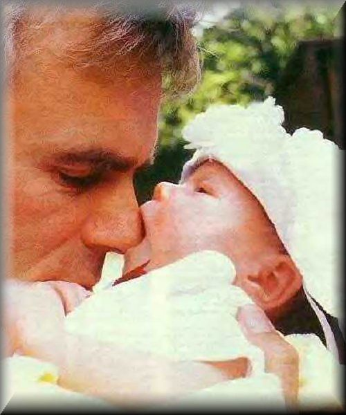 Richard Dean Anderson and his baby daughter Wylie . . . such a precious photo!