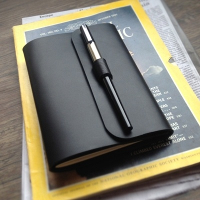Check out [텐바이텐] Note Cover_Buckle Pen A6 - 가죽노트커버.펜잠금