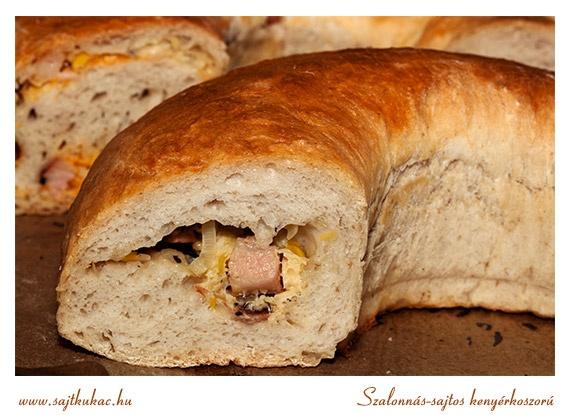 szalonnás-sajtos-póréhagymás kenyérkoszorú