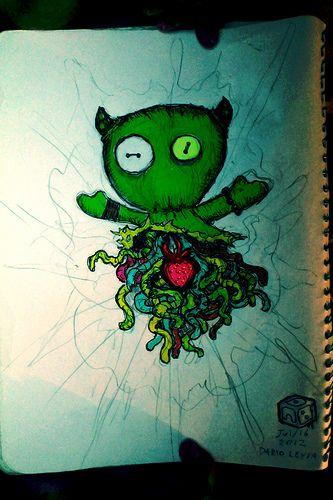 Verde / Un Diablo raro con el corazón dibujado. Green / A rare Devil with a drawing heart.