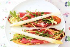 Heerlijk als lunchgerecht of serveer deze asperges op gegrild stokbrood tijdens de borrel - Recept - Allerhande