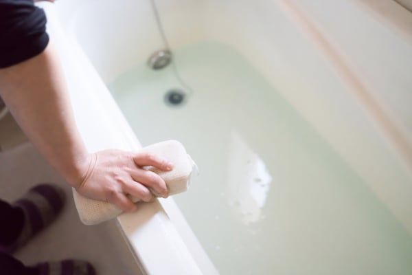 カビだらけのお風呂掃除をラクしたい お湯と水でキレイをキープする