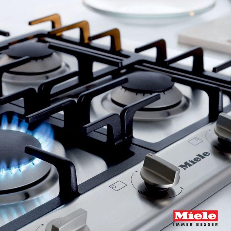 La sicurezza è importante...per questo Mìele ha dotato tutti i piani cottura a gas di GasStop: un dispositivo che impedisce la fuoriuscita del gas in caso di spegnimento accidentale della fiamma. #PianiCotturaGas #tecnologia #elettrodomestici #mìele #showroom #rossimobili1975