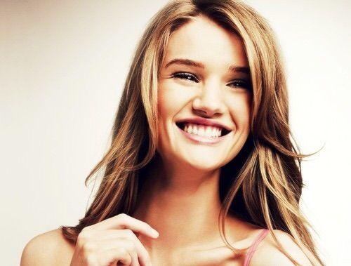 Image via We Heart It #BarRafaeli #Hot #model #sexy #smile