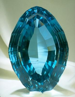This football-shaped blue topaz gem from Minas Gerais, Brazil, weighs 7,033 carats.