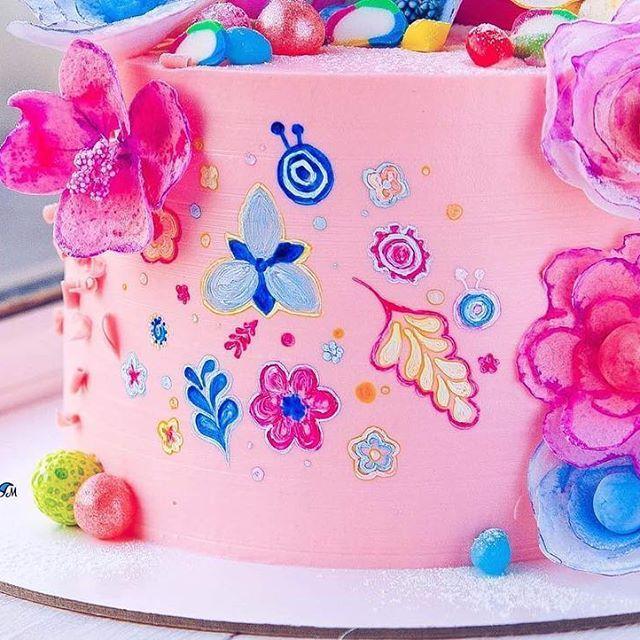Все, как в мультике ... ярко и красочно))) Это я про торт))) А то так-то на улице ещё не месяц май, краска одна...серая))) Но осталось совсем немного 😉🌸🌸🌸 #glavgnom #glavgnom_cake #тортназаказмосква #тортбезмастики #dessert #desserts #food #foods #sweet #sweets #yum #mmm #hungry #dessertporn #cake #foodgasm #foodporn #delicious #foodforfoodies #instafood #yumyum #sweettooth #chocolate #icecream #soyummy #getinmybelly #tagstagrame #beautiful