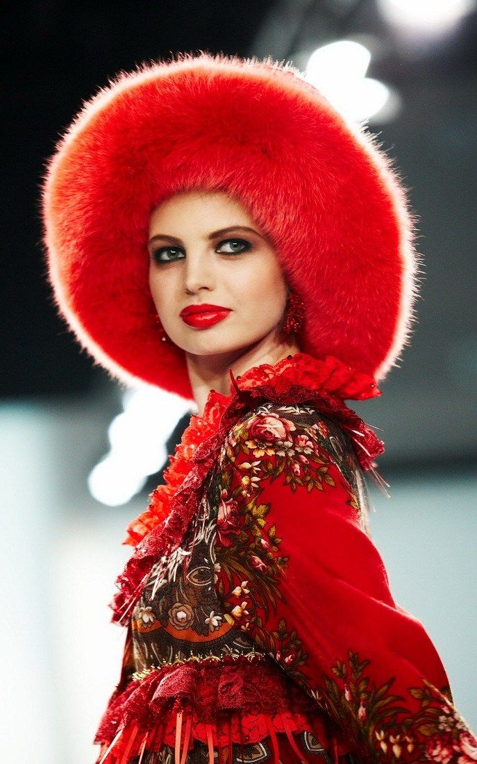 Russian style in fashion. Kaminsky for Slava Zaitsev, fashion designers from Moscow.