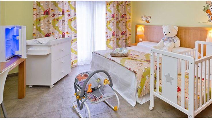 Hoteles para ir con niños este invierno. Alojamiento con actividades infantiles Hotel con bebés Apartamento equipado para niños