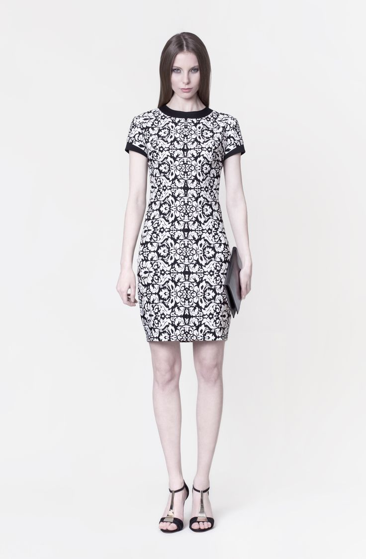 Cocoon Spring - Summer 2014 / Non collection / Dress with baroque print.