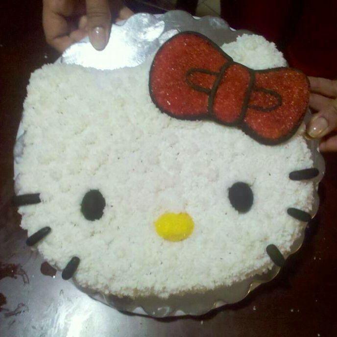 Lexis birthday cake