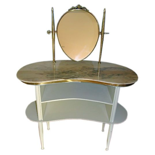 Pin By Carma Walsh On Old Fashioned Vanities Vanity Items Pintere