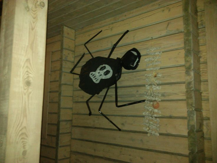 halloween trash bag spider