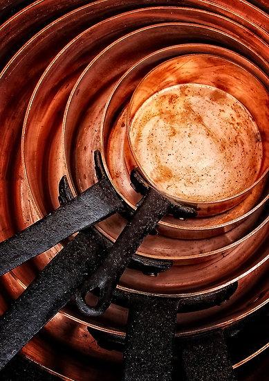 Copper | 銅 | Cobre | медь | Cuivre | Rame | Dō | Metal | Mettalic | Colour | Texture | Pattern | Style | Form | Pans