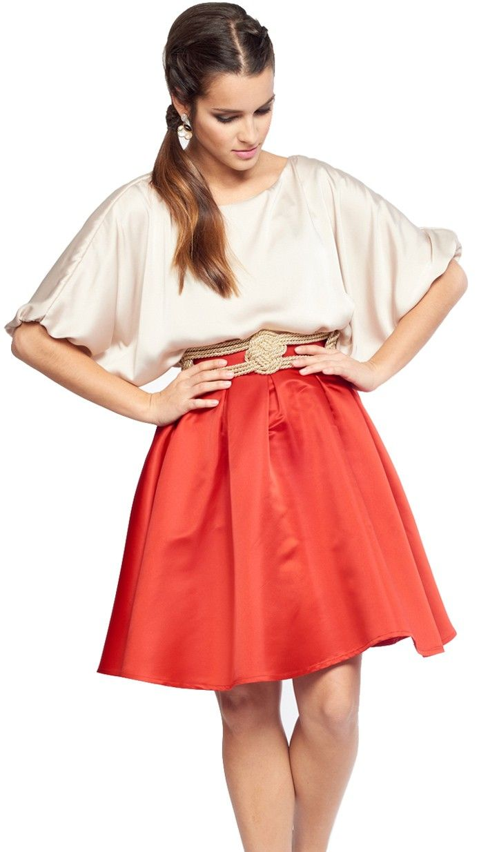 blusa nude brillo para invitada disponible para su alquiler on-line en dresseos.com