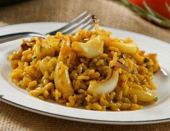 Arroz a banda Thermomix. Esta es quizás una de las recetas de arroz valenciano o alicantino mas tradicional, autentico y original, por su sabor y por lo fácil de hacer, una receta perfecta para cualquier día de la semana.