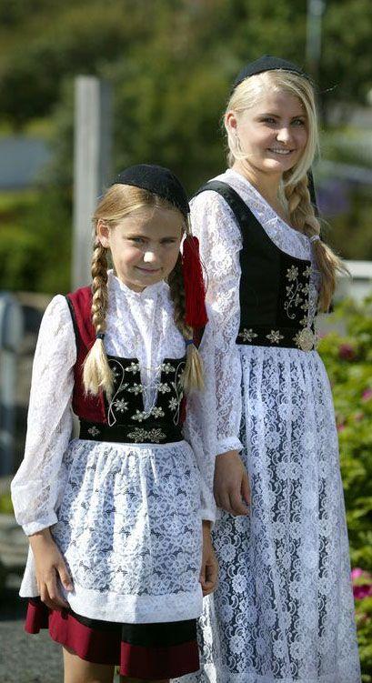 Icelandic festive dress; very similar to Scandinavian and Alpine countries.