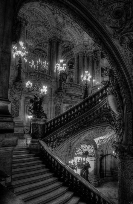 I absolutely love gothic architecture. Gorgeous. Gotta wonder who cleans it, though. Vincent Price's idea of heaven! ;)