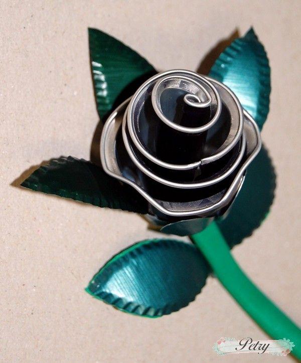 Roses Nespresso capsules. www.petry.es