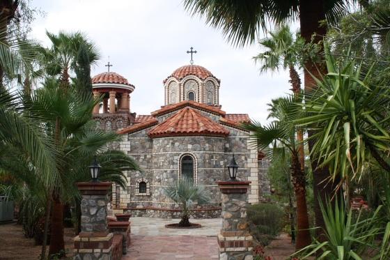 Florence, Arizona: St. Anthony's Greek Orthodox Monastery - grüne Oase in der Wüste