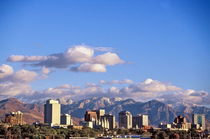 Salt Lake City, UT: Lakes Valley, Salts Lakes Cities, Favorite Places, Lakes City Ut, Cities Flying, Utah Salts, Cities Skyline, Pretty Places, Cities Utah