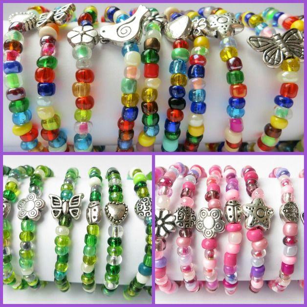 schöne Kinderarmbänder mit Metallperlen aus kunterbunten größeren Rocailles als süßes Schmuckstück für Mädchen