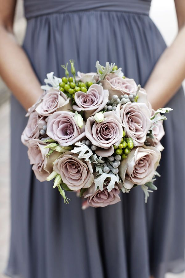 Perfection in hues of amethyst, creamy whites, and silver - very tasteful way to use purple as a colour scheme