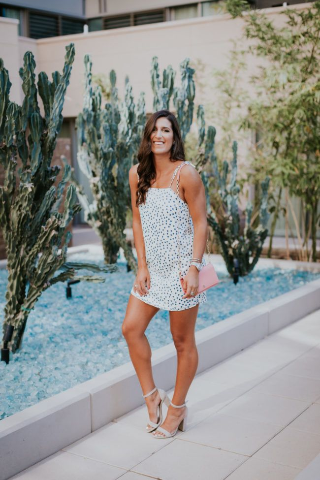 polka dot shift dress, polka dot dress, lovers and friends dresses, cocktail dress, wedding guest dress, tory burch parker chain wallet, steve madden carrson sandal, date night outfit, scottsdale arizona, summer style, travel blogger, fashion blogger // grace wainwright a southern drawl