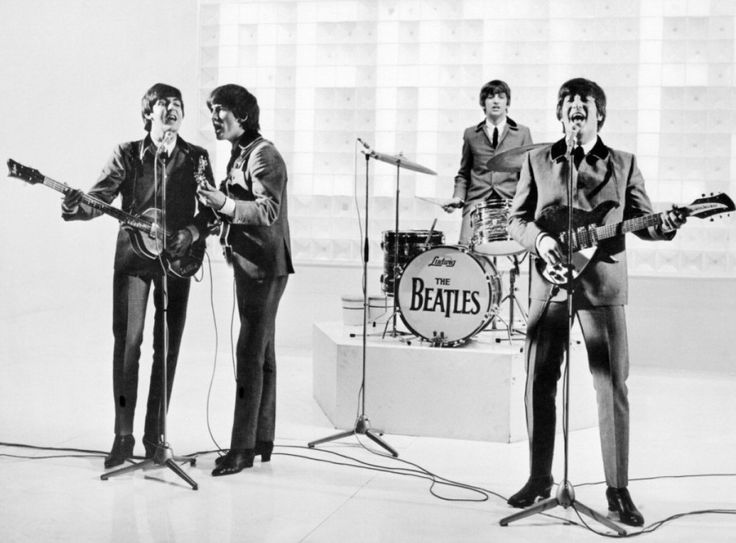 #THEBEATLES in: A HARD DAYS NIGHT  Un pezzo di storia del #cinema e della #musica.#film originale restaurato in #Digitale4K e rimasterizzato nei mitici #AbbeyStudios. http://bit.ly/1gknuv8
