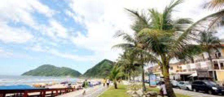 Quer passar a Semana Santa na Praia do Tombo, Guarujá/SP de 02/05 à 05/04? Esse apartamento acomoda 8 pessoas! Reserve Agora: http://www.casaferias.com.br/imovel/108715/venha-curtir-o-guaruja #feriado #semanasanta
