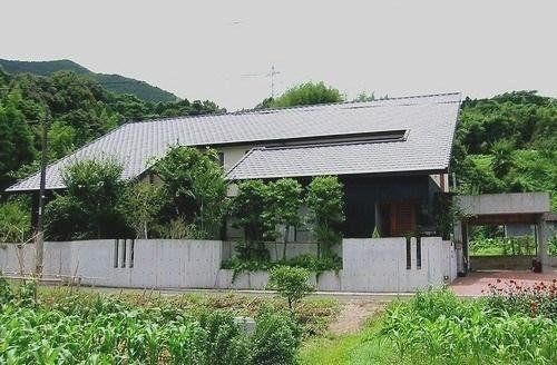 まさき設計 福本正樹 - 片流れの家|建築家WEB